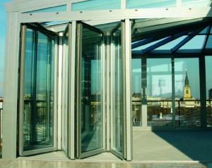 drzwi harmonijkowe aluminiowe czteroskrzydłowe